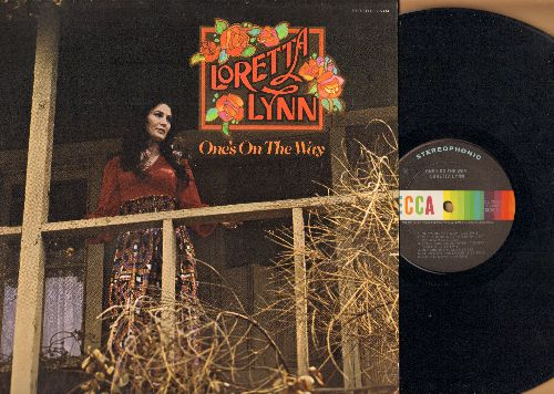Lynn, Loretta - One's On The Way: Blueberry Hill, He's All I Got, Love's On The Loose (vinyl MONO LP record) - EX8/ - LP Records