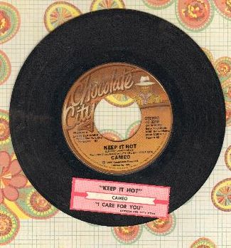 Cameo - Keep It Hot/I Care For You (with juke box label) - VG7/ - 45 rpm Records