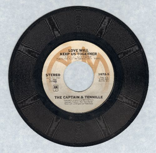 Captain & Tennille - Love Will Keep Us Together/Gentle Stranger  - EX8/ - 45 rpm Records