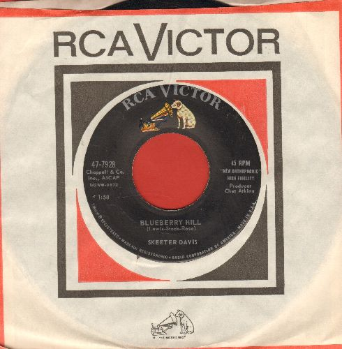 Davis, Skeeter - Blueberry Hill/Optimism (with vintage RCA company sleeve, NICE condition!) - NM9/ - 45 rpm Records
