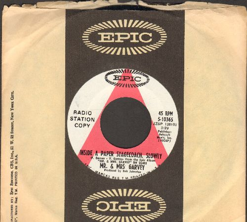 Grammer, Billy - I've Seen That Look On Me (A Thousand Times)/Written On A Jailhouse Wall (DJ advance pressing with Epic company sleeve) - NM9/ - 45 rpm Records