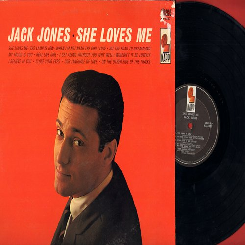 Jones, Jack - She Loves Me: Wouldn't It Be Loverly, Close Your Eyes, Olur Language Of Love (vinyl STEREO LP record) - NM9/VG7 - LP Records