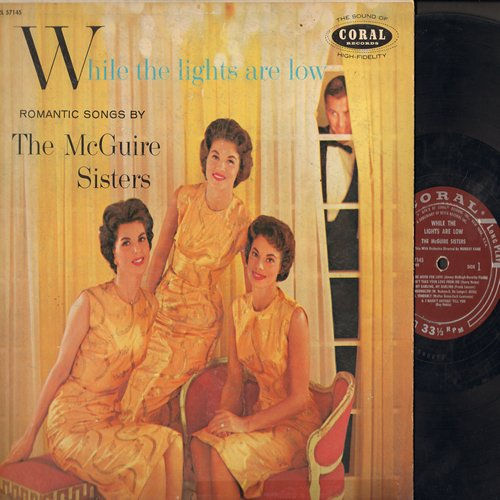 McGuire Sisters - While The Lights Are Low: I'm In The Mood For Love, Moonglow, Love Is Here To Stay (vinyl MONO LP record) - VG6/VG7 - LP Records