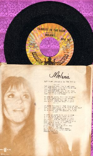 Melanie - Candles In The Rain/Lay Down (with picture sleeve, song lyrics on sleeve) - NM9/EX8 - 45 rpm Records