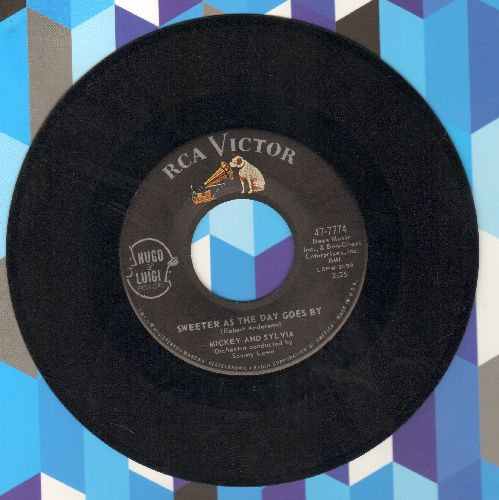 Mickey & Sylvia - Sweeter As The Day Goes By/Mommy Out De Light  - G5/ - 45 rpm Records