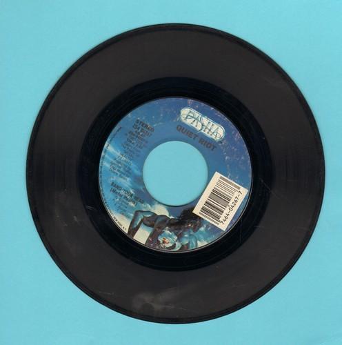 Quiet Riot - Bang Your Head (Metal Health)/Bang Your Head (Metal Health) (LIVE) - EX8/ - 45 rpm Records