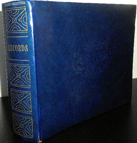 Carry Album for 45s - Vintage Carry Album for 45s. Blue binding, clean, no writing, 15 pockets for 45s. Beautiful piece of Nostalgia! GREAT gift for that eternal teenager who loves vinyl records! - EX8/ - Supplies
