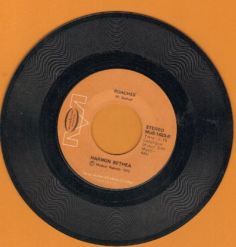 Bethea, Harmon - Roaches/Talking About The Boss And I (RARE Novelty record with references to Civil Rights Movement) - EX8/ - 45 rpm Records