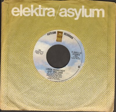 Ronstadt, Linda - Just One Look/Love Me Tender (with Asylum company sleeve and  juke box label) - NM9/ - 45 rpm Records