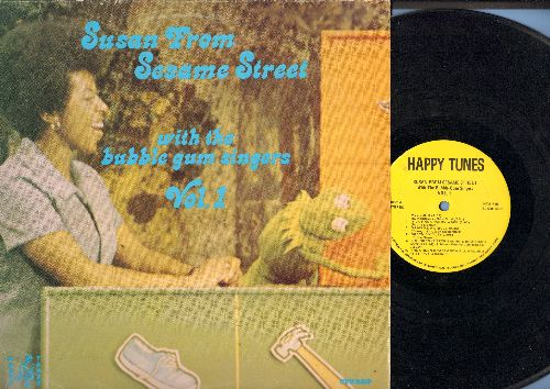 Susan From Sesame Street - Susan From Sesame Street with the Bubble Gum Singers: ABC Song, Nick Nack Paddy Wack, Happiness, Old Mac Donald Had A Farm  (vinyl STEREO LP record) - VG7/VG7 - LP Records