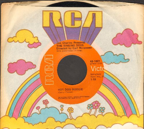 Singing Dogs - Hit Dog Boogie/Hot Dog Rock & Roll (with RCA company sleeve) - NM9/ - 45 rpm Records
