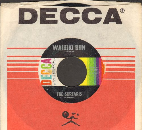 Surfaris - Waikiki Run/Point Panic (with vintage Decca company sleeve) - VG7/ - 45 rpm Records
