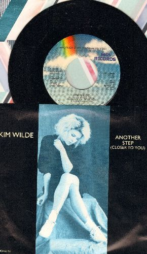 Wilde, Kim - Another Step (Closer To You)/Hold Back (with picture sleeve) - NM9/NM9 - 45 rpm Records