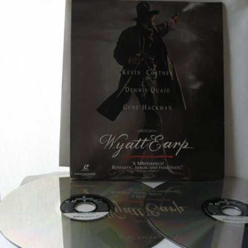 Wyatt Earp - Wyatt Earp - 2 Laser Disc Set of 1994 Epic Western starring Kevin Costner, Widescreen Edition (This is a set of LASER DISCS, not any other kind of media!) - NM9/EX8 - Laser Discs