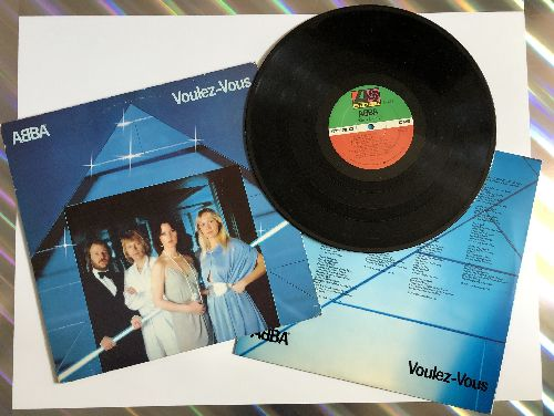 ABBA - Voulez-Vous: I Have A Dream, If It Wasn't For The Nights, Does Your Mother Know, Chiquitita, Kisses Of Fire, Angeleyes (Vinyl STEREO LP record, song lyrics on inside cover!) - NM9/EX8 - LP Records