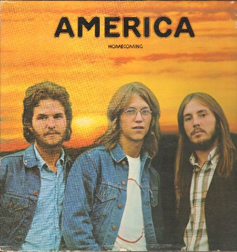 America - Homecoming: Ventura Highway, Don't Cross The River, Till The Sun Comes Up Again, Saturn Nights (vinyl STEREO LP record, gate-fold cover) - EX8/EX8 - LP Records