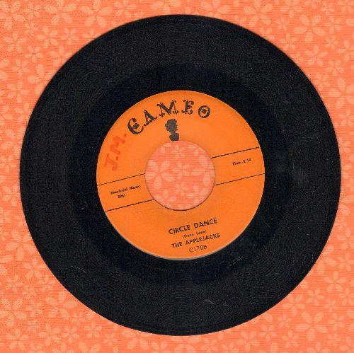 Applejacks - Circle Dance/Love Scene - NM9/ - 45 rpm Records