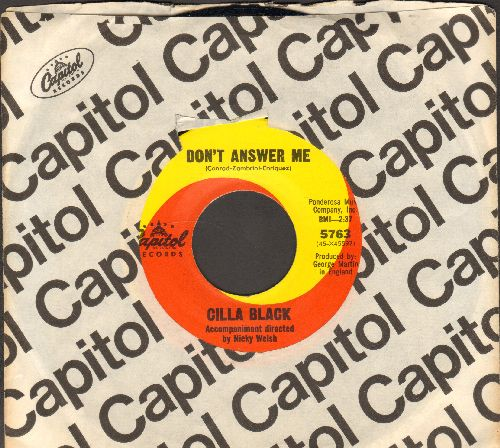 Black, Cilla - Don't Answer Me/The Right One Is Left (with vintage Capitol company sleeve) - NM9/ - 45 rpm Records