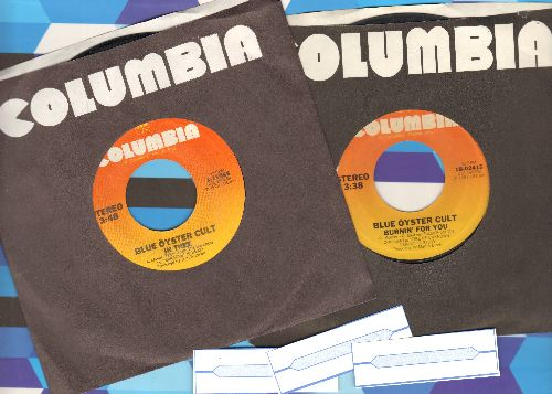 Blue Oyster Cult - 2 first issue 45rpm records for the price of 1! Includes hits In Thee and Burnin' For You. Shipped in Columbia company sleeves with 3 blank juke box labels) - NM9/ - 45 rpm Records