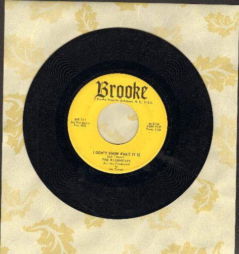 Bluenotes - I Don't Know What It Is (That Makes Me Love You So)/You Can't Get Away From Love (with juke box label) - NM9/ - 45 rpm Records