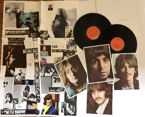 Beatles - The Beatles (White Album): Ob-La-Di Ob-La-Da, Back In The U.S.S.R., Birthday, Helter Skelter, Revolution (2 vinyl STEREO LP records, orange label, gate-fold cover with BONUS Poster and 4 glossy Fotos) - NM9/NM9 - LP Records
