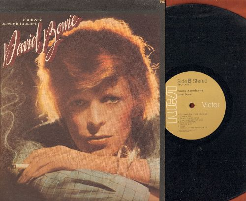 Bowie, David - Young Americans: Fame, Fascination, Right, Somebody Up There Likes Me (vinyl STEREO LP record) - VG7/VG7 - LP Records