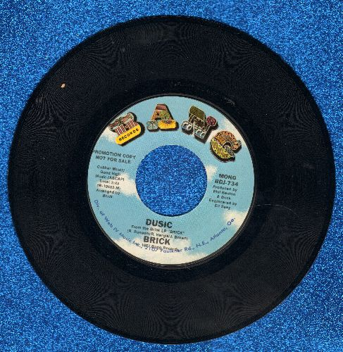 Brick - Dusic (double-A-sided DJ advance pressing with MONO and STEREO version of Disco Hit) - M10/ - 45 rpm Records