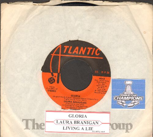 Branigan, Laura - Gloria (VICTORY SONG for St. Louis Blues, 2019 Stanley Cup CHAMPIONS!)/Living A Lie (with Atlantic company sleeve and juke box label) (minor wol) - VG7/ - 45 rpm Records