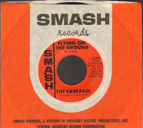 Cascades - Flying On The Ground/Main Street (with Smash company sleeve) - EX8/ - 45 rpm Records