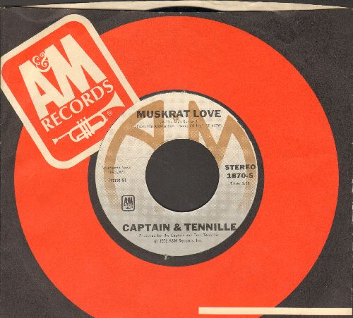 Captain & Tennille - Muskrat Love/Honey Come Love Me (with A&M company sleeve) - NM9/ - 45 rpm Records