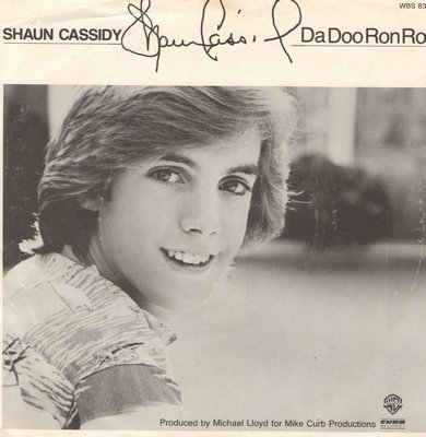 Cassidy, Shaun - Da Doo Ron Ron (Shaun Cassidy's ONLY # 1 HIT!)/Holiday (with picture sleeve) - EX8/EX8 - 45 rpm Records
