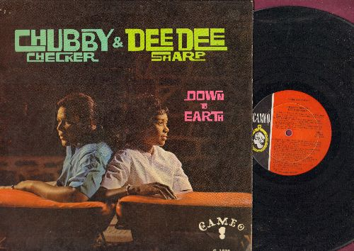 Checker, Chubby & Dee Dee Sharp - Down To Earth: Let The Good Times Roll, Do You Love Me, Loving You, Pledging My Love (vinyl MONO LP record) - EX8/EX8 - LP Records