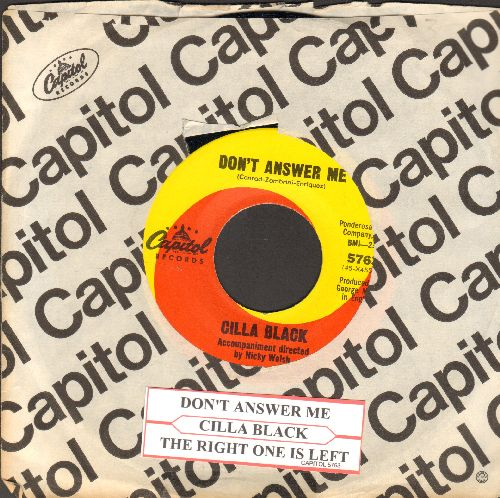 Black, Cilla - Don't Answer Me/The Right One Is Left (with juke box label and vintage Capitol company sleeve) - NM9/ - 45 rpm Records