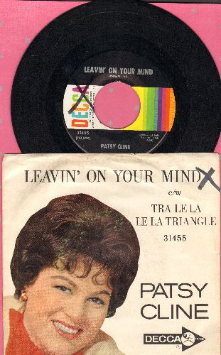 Cline, Patsy - Leavin' On Your Mind/Tra Le La Le La Triangle (with picture sleeve) - EX8/VG7 - 45 rpm Records