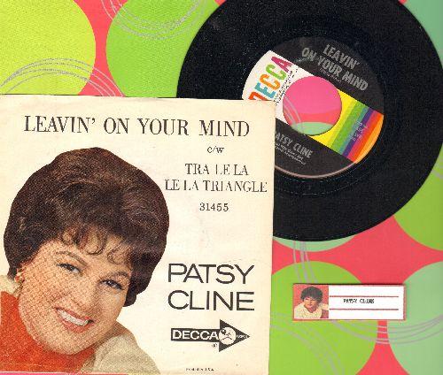 Cline, Patsy - Leavin' On Your Mind/Tra Le La Le La Triangle (with RARE picture sleeve) - NM9/EX8 - 45 rpm Records