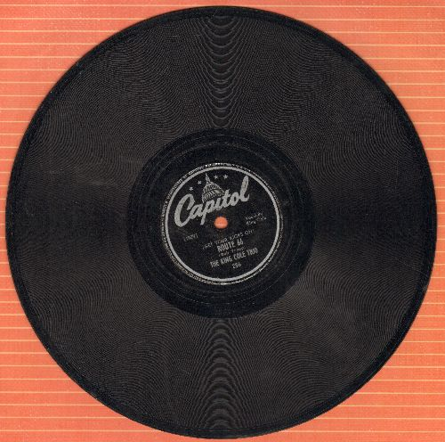 Cole, Nat King Trio - (Get Your Kicks On) Route 66/Everyone Is Sayin' Hello Again (10 inch 78 rpm record) - VG6/ - 78 rpm
