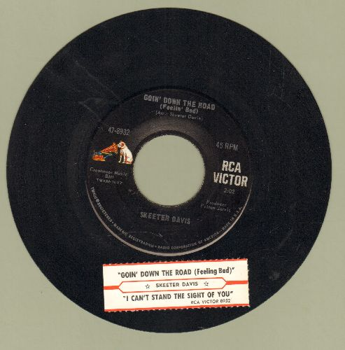 Davis, Skeeter - Goin' Down The Road (Feelin' Bad)/I Can't Stand The Sight Of You (with juke box label) - EX8/ - 45 rpm Records