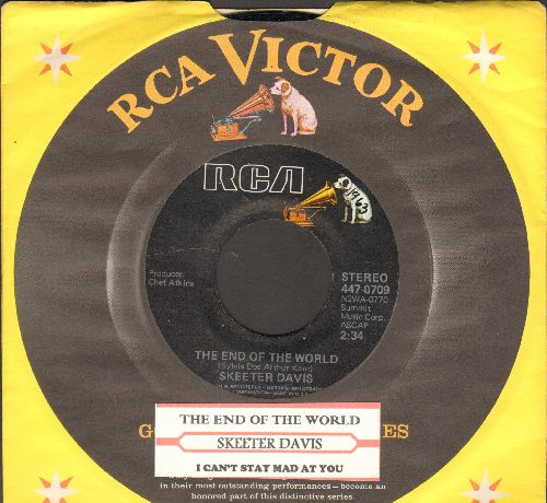 Davis, Skeeter - The End Of The World/I Can't Stay Mad At You (double-hit re-issue with juke box label and company sleeve) - M10/ - 45 rpm Records