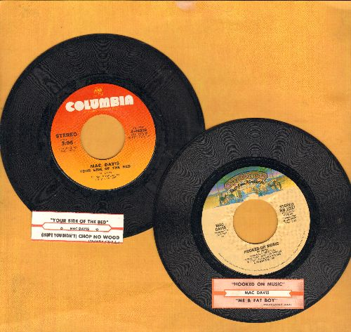 Davis, Mac - 2 first issue 45s with juke box labels for the price of 1! Includes Hits Hooked On Music/Your Side Of Yhe Bed (shipped in plain white paper sleeves) - NM9/ - 45 rpm Records