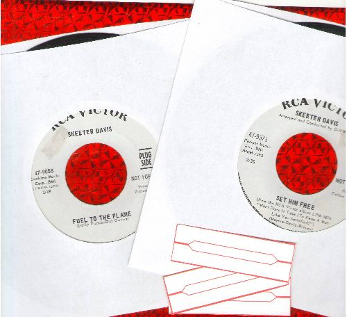 Davis, Skeeter - 2 for 1 Special: Set Him Free/Fuel To The Flame (2 HARD TO FIND vintage DJ advance pressing 45rpm records for the price of 1! Shipped in plain white paper sleeves with 3 blank juke box labels) - NM9/ - 45 rpm Records