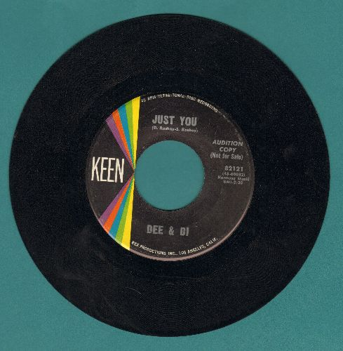Dee & Di - Just You/Dream (VERY NICE Vintage Girl-Group two-sider!) - EX8/ - 45 rpm Records