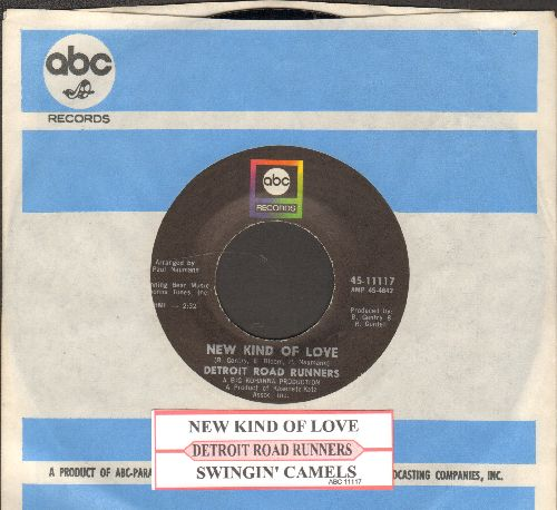 Detroit Road Runners - New Kind Of Love/Swingin' Camels (with juke box label and company sleeve) - NM9/ - 45 rpm Records