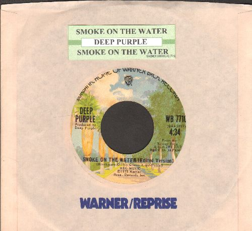 Deep Purple - Smoke On The Water (4:34 minutes)/Smoke On The Water (3:48 minutes) (with juke box label and company sleeve) - EX8/ - 45 rpm Records