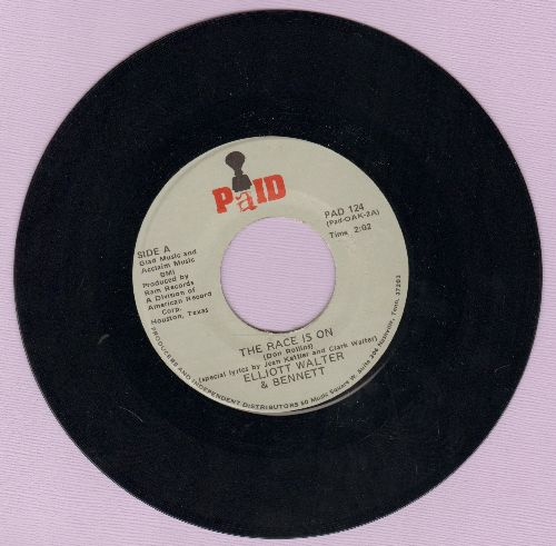 Walter, Elliot & Bennett - We Love The Oakland Raiders/The Race Is On - NM9/ - 45 rpm Records