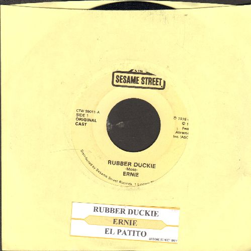 Ernie (Jim Henson) - Rubber Duckie/El Patito (as featured on Sesame Street)(with juke box label) - VG7/ - 45 rpm Records