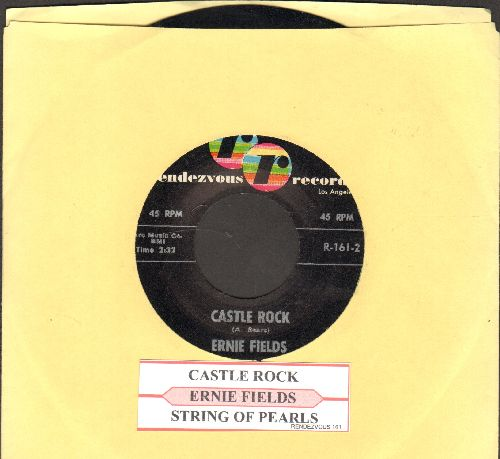 Fields, Ernie - String Of Pearls/Castle Rock - NM9/ - 45 rpm Records