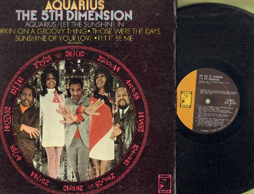 Fifth Dimension - The Age Of Aquarius: Let It Be Me, Those Were The Days, Wedding Bell Blues (Vinyl STEREO LP record, gate-fold cover) - NM9/EX8 - LP Records