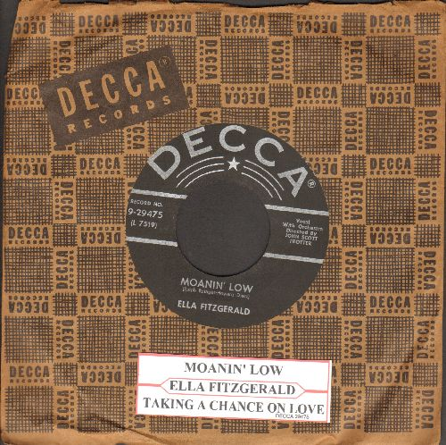 Fitzgerald, Ella - Moanin' Low/Taking A Chance On Love (with juke box label and vintage Decca company sleeve) - VG7/ - 45 rpm Records
