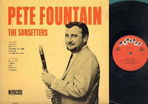 Fountain, Pete & The Sunsetters - Pete Fountain & The Sunsetters: Bugle Call Rag, South Rampart Street Parade, Sensation Rag, Yuppa Tuppa, Miss Daisy Delite, A Farewell, Scherzo, Sonata Allegro, One Blind Mouse (Vinyl LP Record) - NM9/EX8 - LP Records