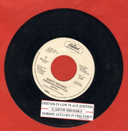 Brooks, Garth - Friends In Low Places/Nobody Gets Off In This Town (with juke box label)  - VG7/ - 45 rpm Records